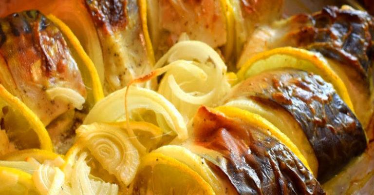Смачна скумбрія в духовці - відмінний рецепт