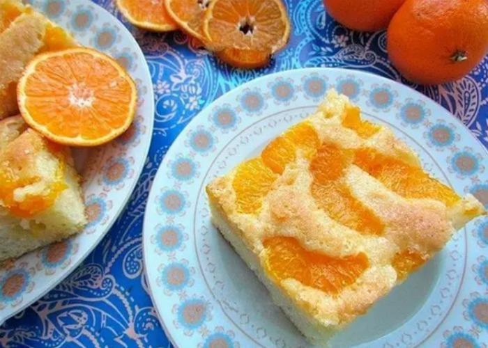 Рецепт святкового пирога з мандаринами. Аромат створить святковий настрій!